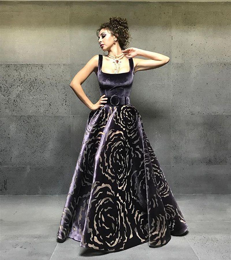 بالصور احدث موديلات الفساتين , صيحات الموضه في الفساتين 3132