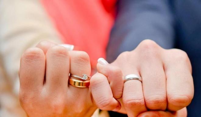 بالصور حلمت اني تزوجت وانا عزباء , تفسير الزواج بالحلم للعزباء 4245 1