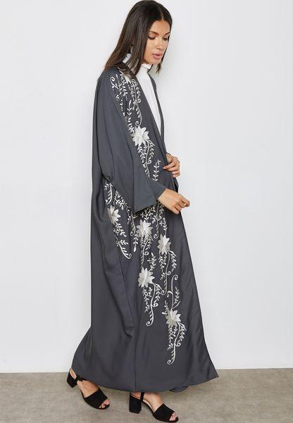 بالصور عبايات اماراتية , ملابس نساء اماراتيه رائعه 4288 1