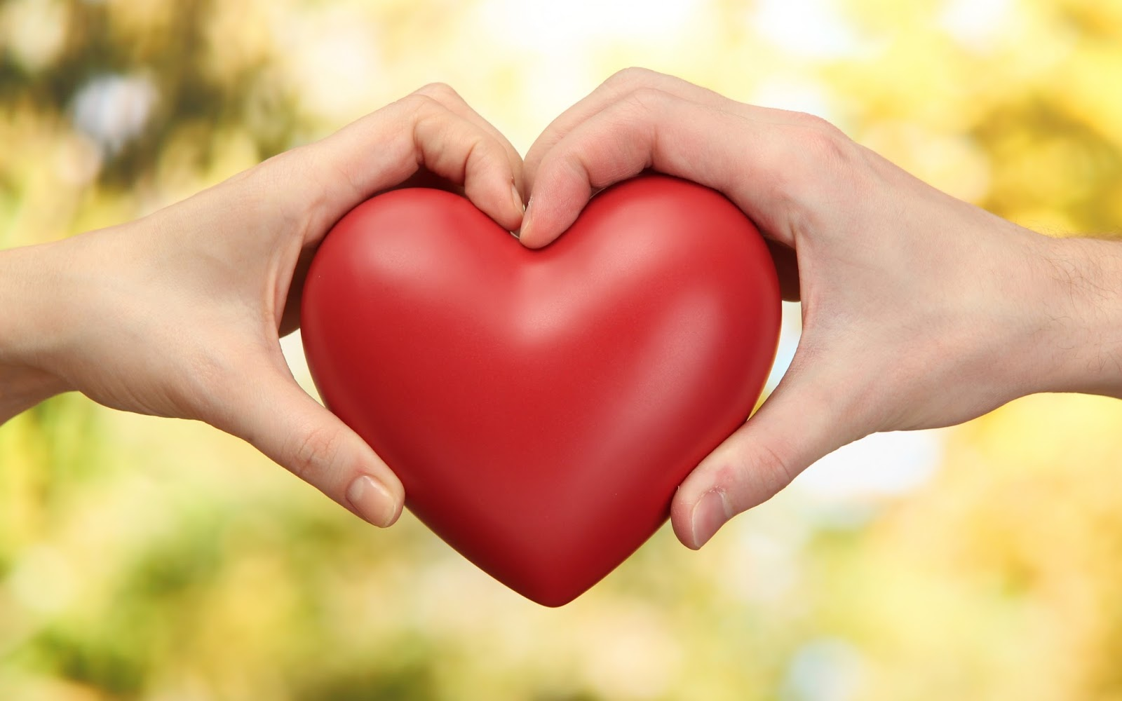 صورة كيف تجعل شخص يحبك وهو بعيد عنك , حبك لشخص غير موجود بجانبك 6194 2