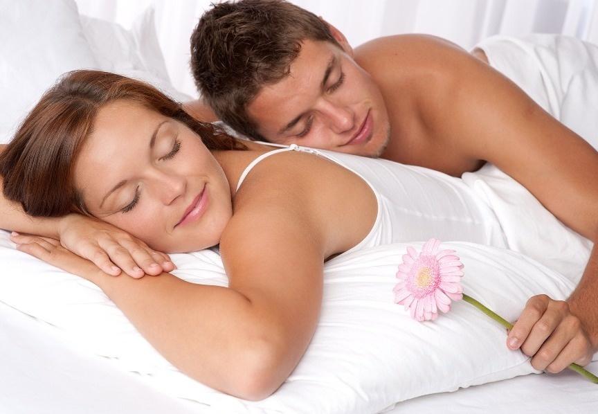 بالصور كيف ادلع زوجي بالفراش , تعرفي علي ابسط الامور لكي تدلعي زوجك 12202 2