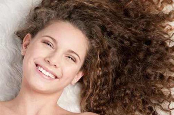 صور شعر كيرلي , احلي صور تسريحات شعر كيرلي