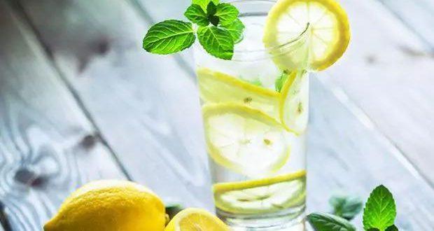 صور فوائد شرب الليمون مع الماء , مميزات شرب عصير الليمون للجسم