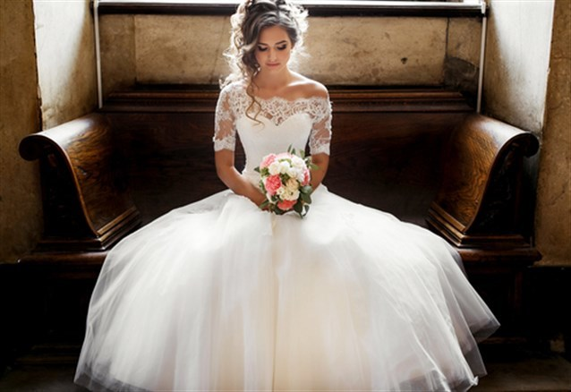 صورة تفسير حلم العروس بالفستان الابيض , تفسير حلم فستان الزفاف في الحلم
