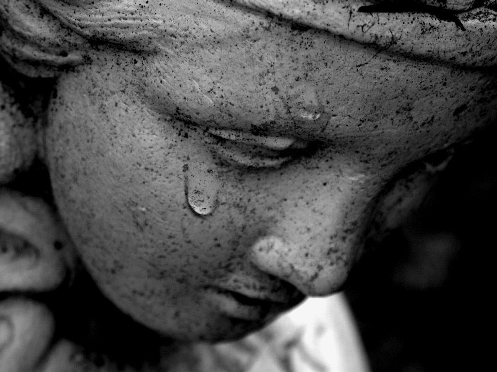 صور حزن ودموع , بكاء وحزن