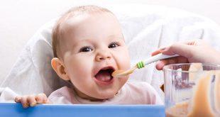 صور تغذية الطفل , طرق التغذية السليمة للطفل