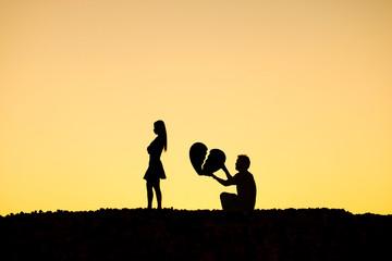 صورة كيف تعرف ان حبيبتك تحب غيرك , حبيبتك تحب غيرك
