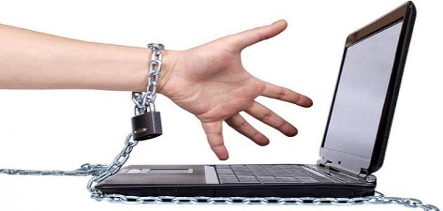 صورة فوائد ومضار الانترنت , ايجابيات الانترنت وسلبياته